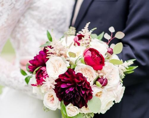 wedding bouquet flowers and foliage